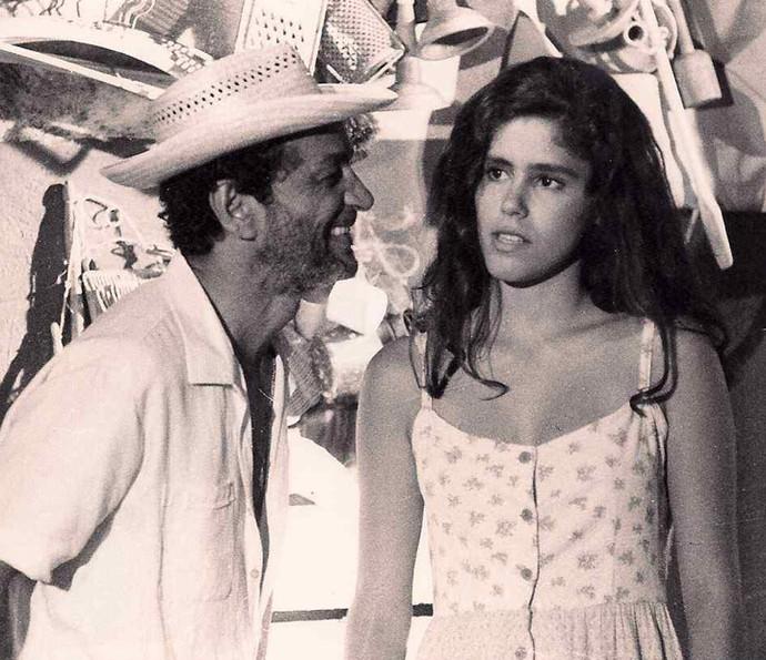 Juliana Martins, em 'Riacho Doce', de 1990, com Nelson Xavier (Foto: Arquivo pessoal)