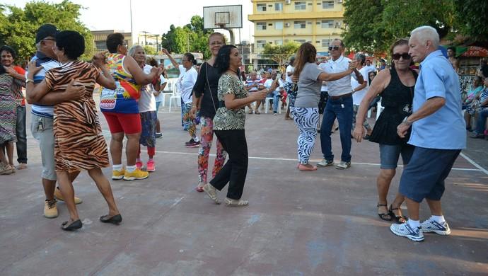 Projeto Esporte e Saúde para os Idosos será realizado todas as sextas-feiras na praça Barão do Rio Branco, centro de Macapá (Foto: Karol Aood/GE-AP)