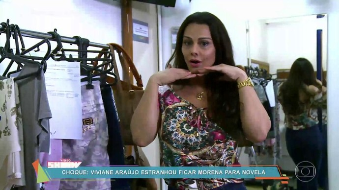 Viviane Araújo mostrou o figurino de Edith em 'Rock Story' (Foto: TV Globo)