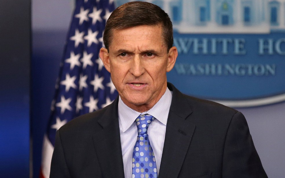 Michael Flynn durante pronunciamento na Casa Branca em 1º de fevereiro de 2017 (Foto: Carlos Barria / Arquivo / Reuters)