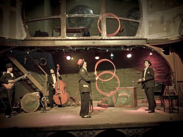 Espetáculo Circense The Bigosty se apresenta em Campinas (Foto: Rodrigo Kassab)