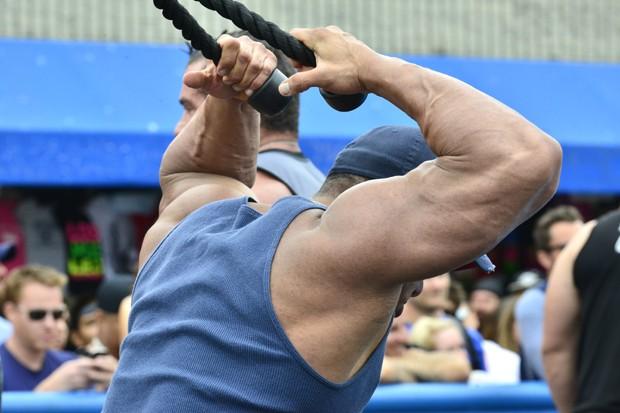 Ainda que o corpo elimine o excesso da proteína, exagerar no whey protein pode trazer problemas (Foto: Jerod Harris/Getty Images para MusclePharm)