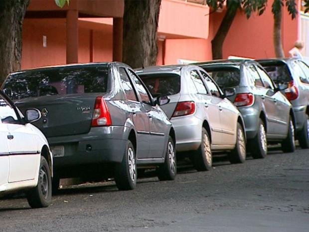 Seguro popular tem como foco carros com mais de 5 anos de uso (Foto: Alexandre Sá/EPTV)
