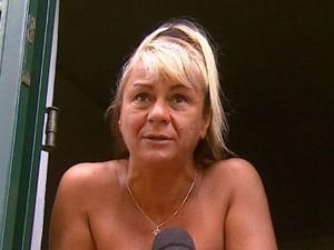 Dona de casa relata que casa 'tremeu' com explosão de caixas em Gavião Peixoto (Foto: Felipe Lazzarotto/ EPTV)