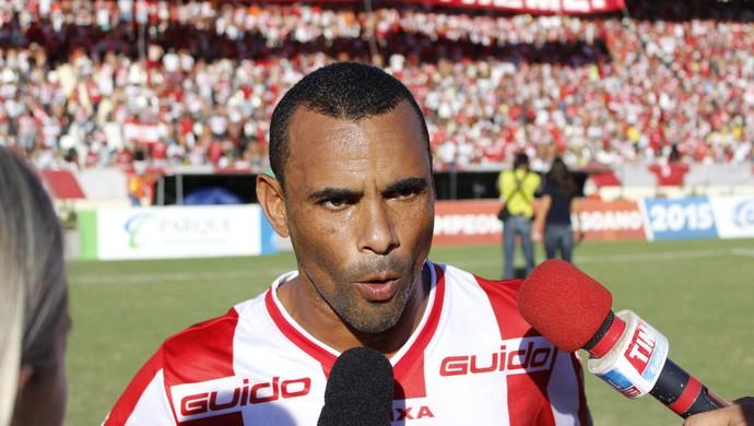 Paulo Sérgio lateral do CRB (Foto: Caio Lorena/ GloboEsporte.com)