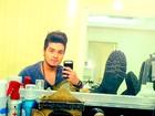 Luan Santana faz selfie em bastidor de show: 'Hoje vai ter'
