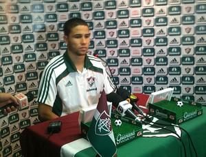 Bruno coletiva Fluminense (Foto: Marcelo Baltar / Globoesporte.com)