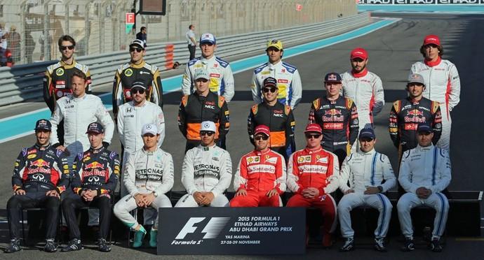 Pilotos da Fórmula 1 em Abu Dhabi, no encerramento da temporada 2015 (Foto: Divulgação)