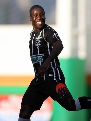 Toró figueirense gol camboriú (Foto: Cristiano Andujar / Agência Estado)