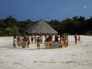 índios acre (Foto: Arnaldo Enes / Arquivo pessoal)