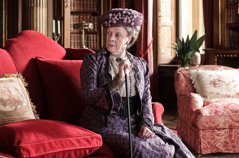 Maggie Smith na terceira temporada de 'Downton Abbey' (Foto: Reprodução da internet)