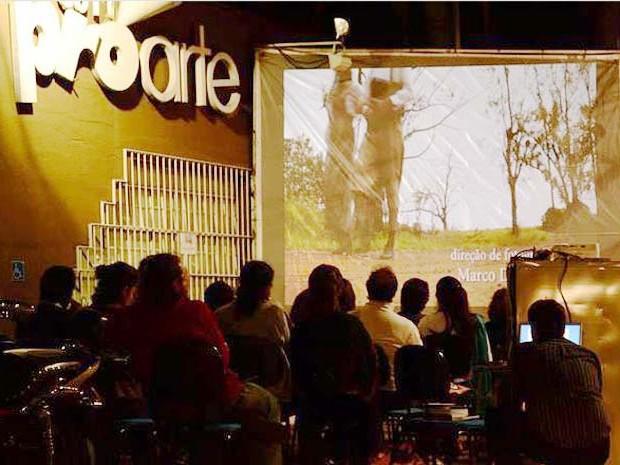 Exibição de filme durante o evento Campinas Mostra Curtas, em Campinas (SP) (Foto:  Fábio Waki)