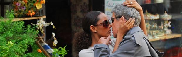 Helena (Taís Araújo) e Marcos (José Mayer) em 'Viver a vida' (Foto: Reprodução/TV Globo)