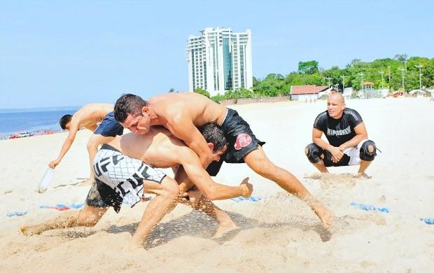Beach Wrestling Manaus (Foto: Cleiton Viana/Sejel)
