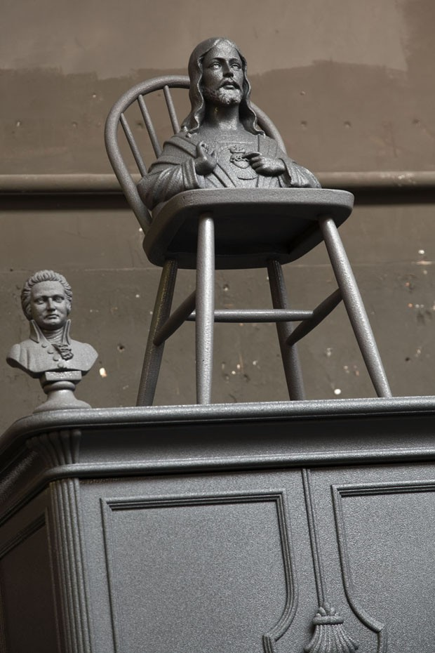 Em Amsterdã, um escritório cinza como você nunca viu (Foto: i29/Divulgação)
