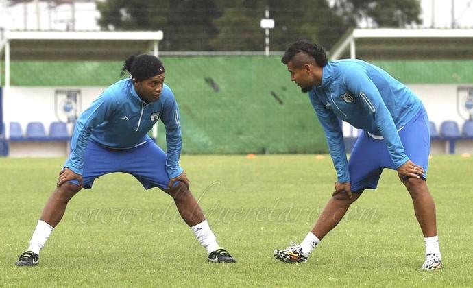 Ronaldinho, Treino Queretaro (Foto: Reprodução / Facebook )
