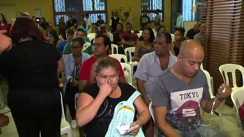 Posto de atendimento da SPTrans lotado no Centro de São Paulo (Foto: Reprodução/TV Globo)