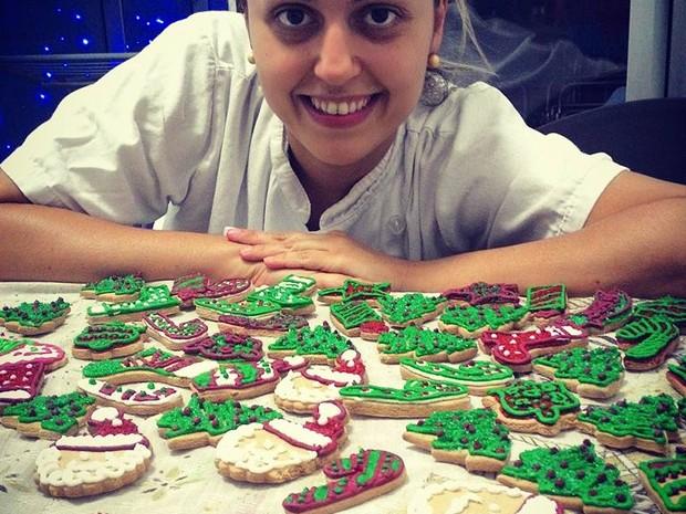 Empresária com doces artesanais  (Foto: Anna Thaís Gomes / Arquivo Pessoal)
