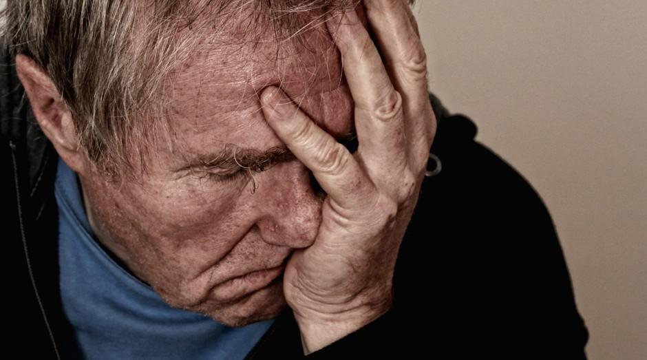 dor de cabeça (Foto: Pexels)