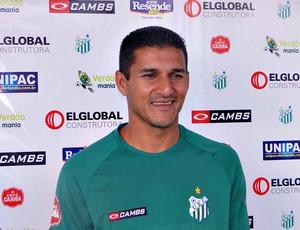 Cristiano Brasília, o meia-atacante que deixou o Uberlândia Esporte (Foto: Cássio Machado / Ascom UEC)