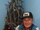 Americano mantém a mesma árvore de Natal há 40 anos