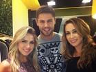 Ex-BBBs Renatinha e Jonas aparecem juntos durante trabalho