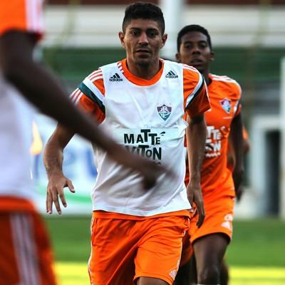 Edson, volante do Flu, durante treinamento nas Laranjeiras (Foto: Nelson Perez/Fluminense FC)