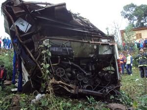 Acidente ocorreu entre Iporã do Oeste e Mondaí (Foto: PMRv/Divulgação)