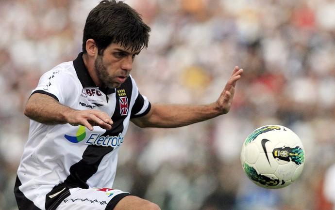 Juninho Vasco x Corinthians (Foto: Bruno Gonzalez / O Globo)
