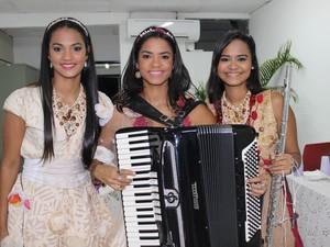 Irmãs do Clã Brasil em Oeiras (Foto: Catarina Costa/G1)