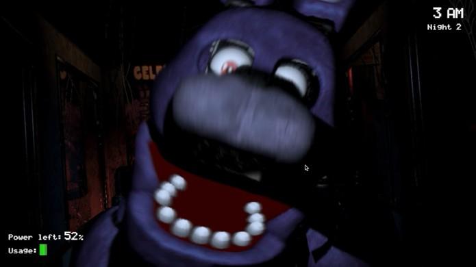 Bonnie é o animatrônico que mais causa pesadelos a Scott (Foto: Reprodução/YouTube)