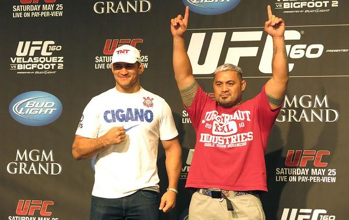 Junior Cigano Mark Hunt media day UFC Las Vegas (Foto: Marcelo Russio)