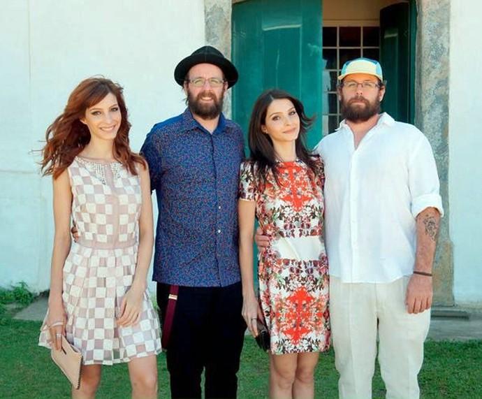 Michelle, Gustavo, Giselle e Otávio: muito irmãos gêmeos em uma foto só! (Foto: Arquivo pessoal)