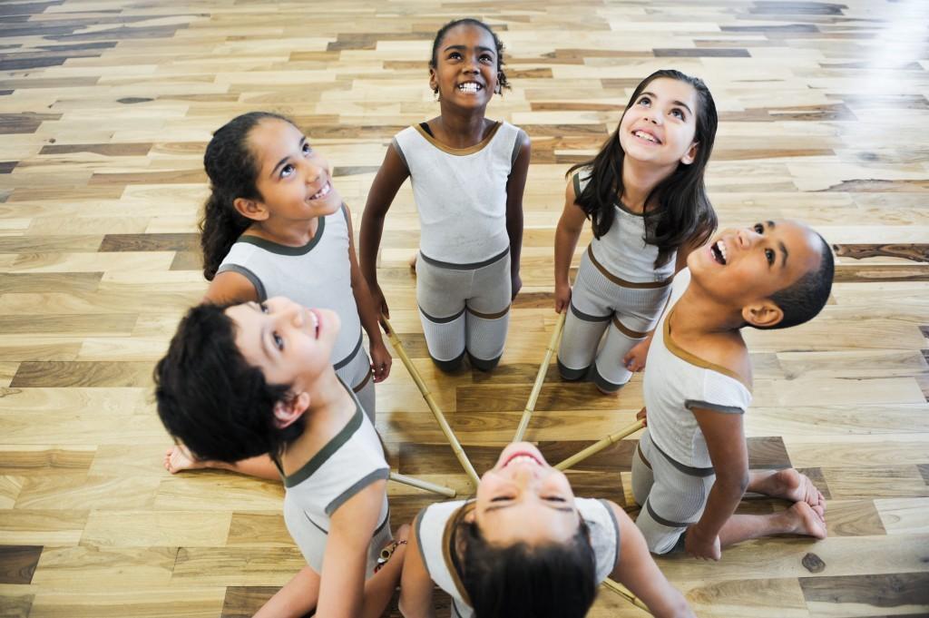Alunos da Escola de Dança de São Paulo (Foto: Sylvia Masini)