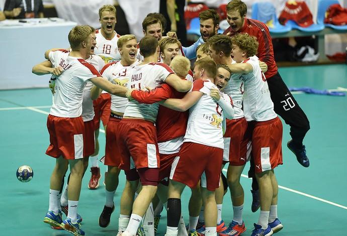 Dinamarca x Espanha (Foto: Eugênio Sávio)