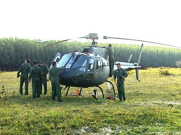 Cerca de 100 militares participam de treinamento para ações de combate em São Carlos (Foto: Paulo Chiari/EPTV)