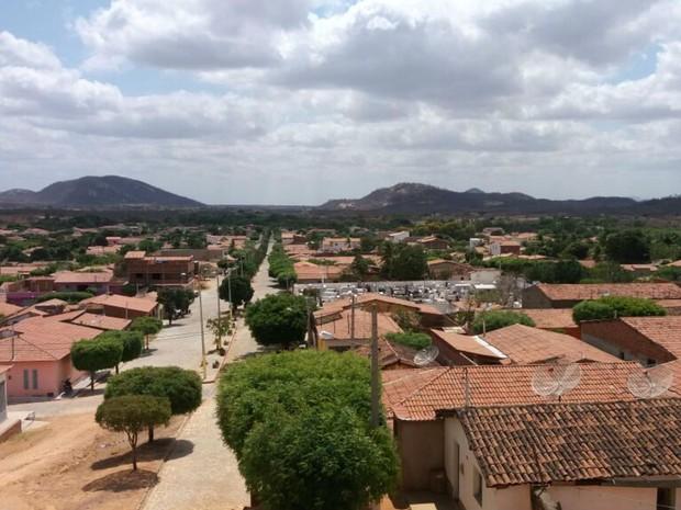 Lucrécia fica a 326 quilômetros de Natal, no Oeste potiguar (Foto: Fred Carvalho/G1)