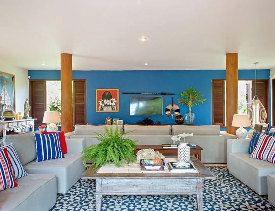 Mudar e neutralizar a cor da casa inteira foi um grande desafio para o arquiteto, em se tratando de uma casa de praia (Foto: Lucas Silva)