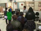 Eleitores da região central enfrentam fila para cadastro biométrico, no PR