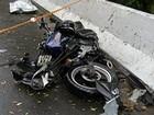 Acidente na Mogi-Bertioga deixa um motociclista morto e outro ferido