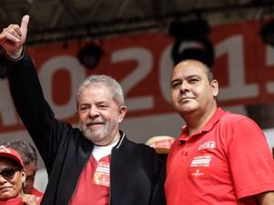 O ex-presidente Luis Inácio Lula da Silva durante a festa do Dia do     Trabalho no Vale do Anhangabaú, no centro de São Paulo, nesta sexta-  feira (Foto: Vanessa Carvalho/Brazil Photo Press/Estadão Conteúdo)