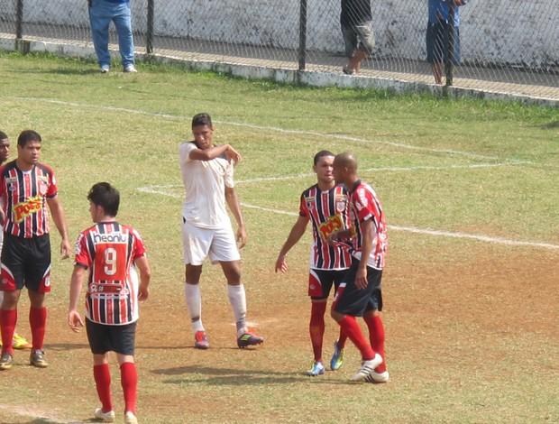 Leandrão, autor do primeiro gol do São Vicente (Foto: Juliana Vieira / GloboEsporte.com)