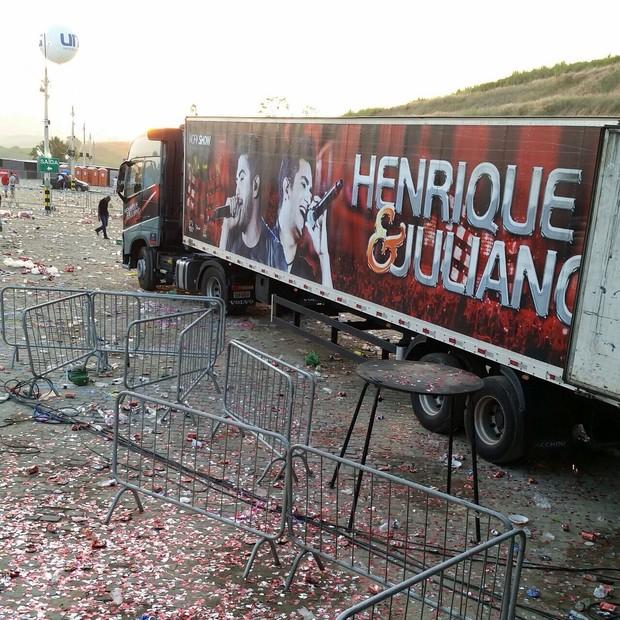 Carreta do caminhão de Henrique e Juliano roubada nesta quarta-feira, 22. Baú foi encontrado intacto  (Foto: Divulgação)