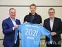 Bayern anuncia renovação do contrato do goleiro Neuer por cinco anos