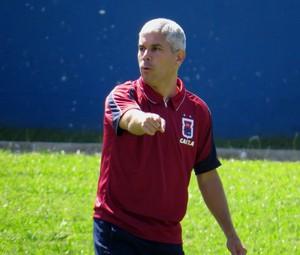 Técnico Ricardinho Paraná Clube (Foto: Fernando Freire)