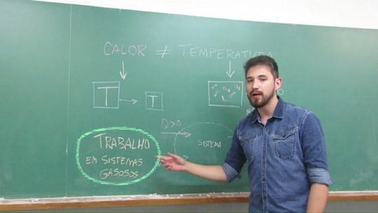 Vestiba 2017: professor de química diferencia calor e temperatura