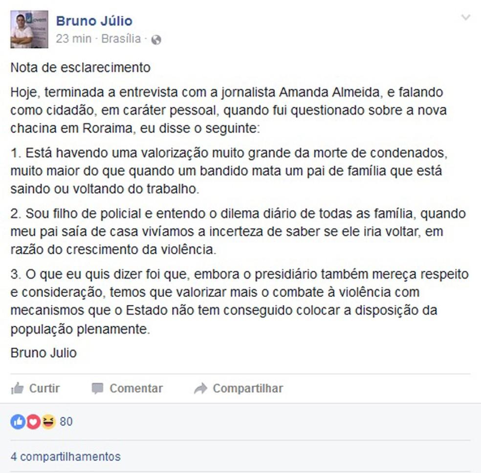 Mensagem publicada pelo ex-secretário no Facebook sobre a declaração sobre os massacres em presídios (Foto: Reprodução/Facebook)