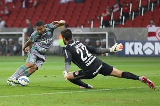 Internacional x Palmeiras Gabriel Jesus Alisson (Foto: Pedro H. Tesch/Eleven/Estadão Conteúdo)