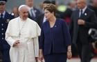 Papa a multidão: 'Cristo bota fé nos jovens' (Jorge Saenz/AP)