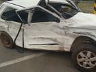 Acidente entre carro e caminhão deixa mãe e filho feridos em Tibagi